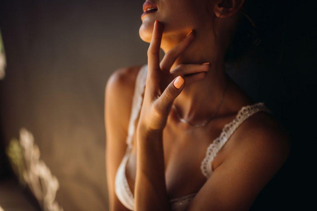 milf naked woman