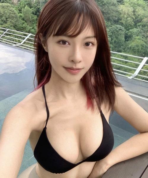 Flirt profile 1
